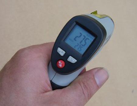 wat is de invloed van temperatuur op de productiviteit van zonnepanelen