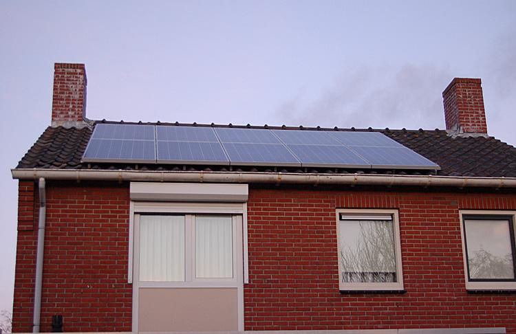 zonnepanelen-op-het-westen